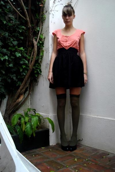 Ayres shirt - vintage skirt - Uma shoes