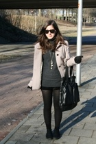 Zara coat - Mango sweater - H&M shorts - Topshop tights - H&M shoes