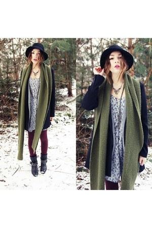 Zara boots - Pull and Bear coat