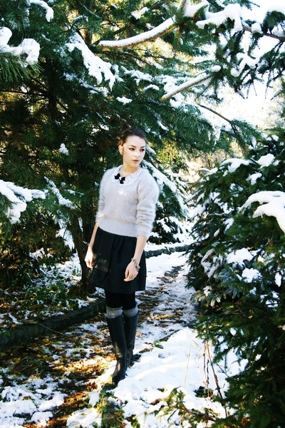 second hand sweater - Parfois shoes - Bershka socks - second hand skirt