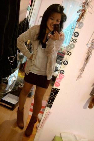 beige crochet Mossimo cardigan - tawny wild diva boots