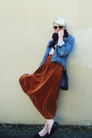 navy denim Gap jacket - crimson wool united colors of benetton scarf