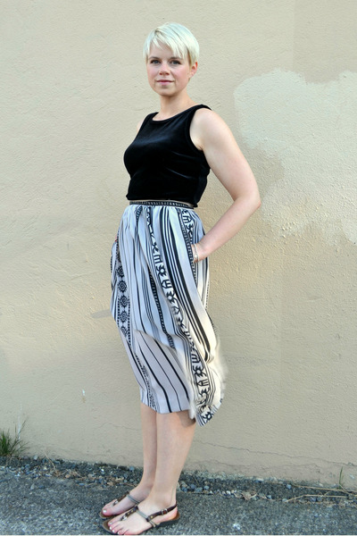 beige sheer skirt - black vintage velour dress