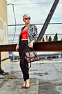 Black-floral-oasap-jacket-dark-brown-coach-purse