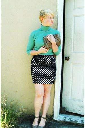 black Forever21 skirt - aquamarine thrifted united colors of benetton sweater