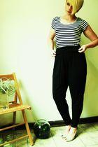 black H&M top - black American Apparel pants - beige new look shoes