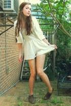 cream polka dot tights tights - cream Dotti blazer - cream lace Mahina romper