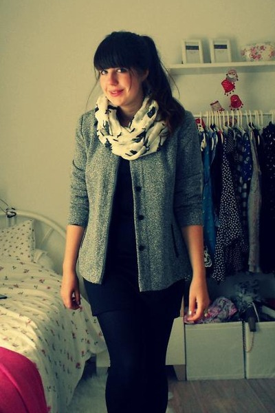 I am scarf - H&M dress - charity shop jacket
