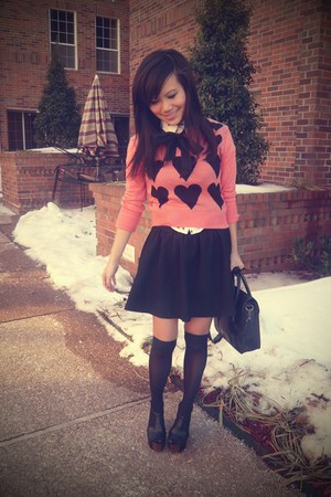 pink asos sweater - black keylock satchel Urban Outfitters bag - black paperbag