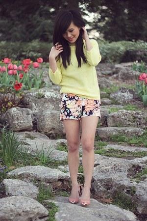 light orange Zara shorts - light yellow open back knit Zara sweater