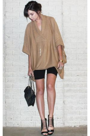 beige poncho H&amp;M sweater - black wedge Aldo shoes
