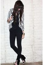 white stripe H&M divided black jacket - black wedge Aldo shoes