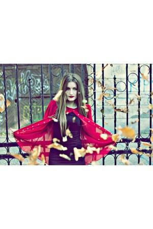 red Zarga blouse - black H&M dress
