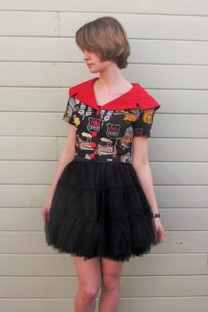 black unknown skirt - red handmade blouse - black Ollio flats