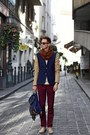 Bronze-h-m-trend-blazer-navy-backpack-springfield-bag-brick-red-h-m-pants