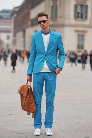 blue vintage suit - tawny benzolbag bag