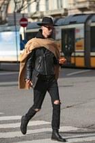 black ripped jeans vintage jeans - black fedora hat - black H&M jacket