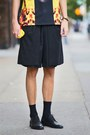 Black-derby-shoes-h-m-shoes-black-zsigmond-dora-menswear-shorts