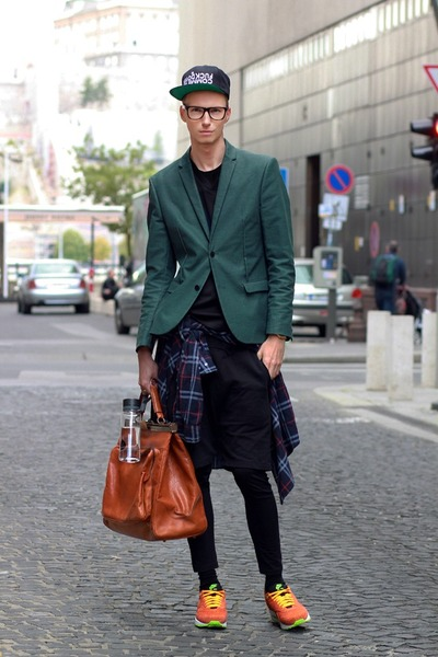 Men's Forest Green H&M Blazers, Black Zara Leggings, Navy Vintage ...