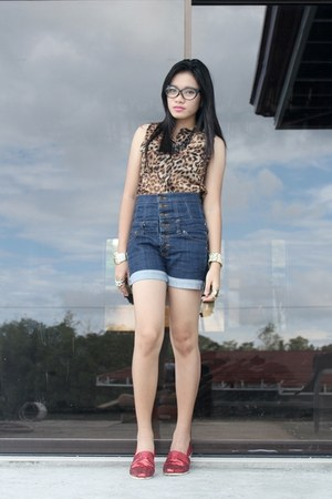 Lee Pipes shorts - red TOMS shoes - leopard print bare necessities top