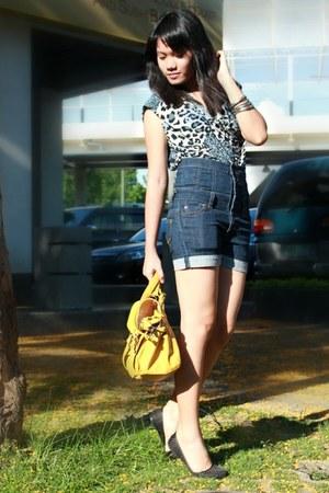 black Parisian shoes - yellow Parisian bag - Lee Pipes shorts - gray leopard pri