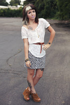 white burnout Urban Outfitters shirt - brown leather Urban Outfitters belt