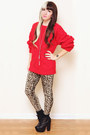 Black-platform-urban-outfitters-boots-red-wool-vintage-sweater