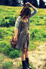 Brown-urban-outfitters-dress-brown-forever21-shoes-gold-forever21-accessorie