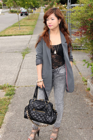 gray H&M blazer - black purse - beige Forever21 shoes