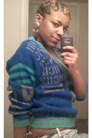 blue vintage sweater - brown vintage belt - gray vintage earrings - blue H&M jea