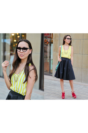 yellow asos top - forest green asos sunglasses