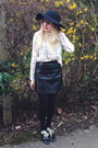 Black-floppy-hat-topshop-hat-black-shearling-primark-jacket