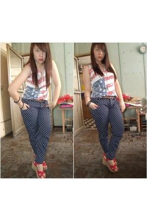 Caroline Morgan blouse - Thrift Store jeans - Genevieve belt