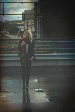 jacket - scarf - heels