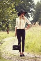 black Stradivarius pants