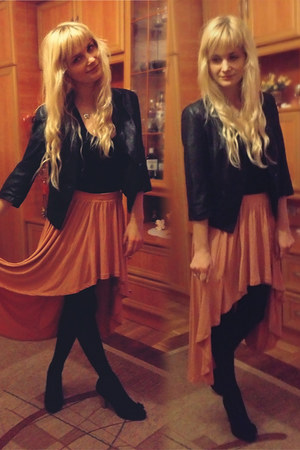 bubble gum Bershka skirt - black reserved jacket