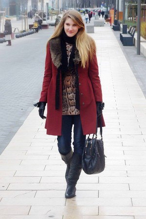 H&M coat - Aldo boots - Zara bag - Mango gloves - H&M top