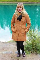 nude cashmere Jcrew coat - crimson leather GH Bass loafers