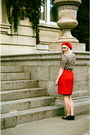 Hey-day-vintage-repro-blouse-red-beret-tara-starlet-hat-camper-heels-skirt