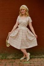 bubble gum cotton Tara Starlet dress - cream wool thrifted vintage hat