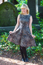 light brown leopard print Zara dress - black vintage heels