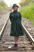 olive green striped vintage dress - army green felt vintage hat