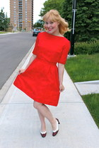 red thrifted vintage dress - Ettienne Aigner heels