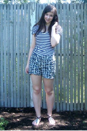 white H&M shirt - blue J Crew shorts - brown Gap shoes