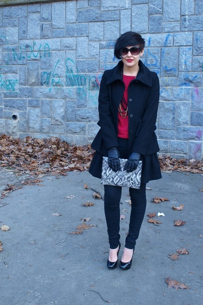 snakeprint H&amp;M purse - unknown brand coat - Orsay cardigan - H&amp;M necklace