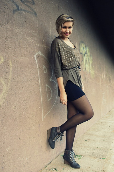 black Pimkie skirt - dark gray Office wedges - army green H&M top