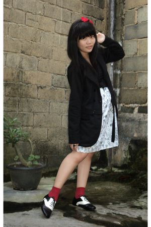 black coat - white dress - red socks - black Forever 21 shoes - red DIY accessor