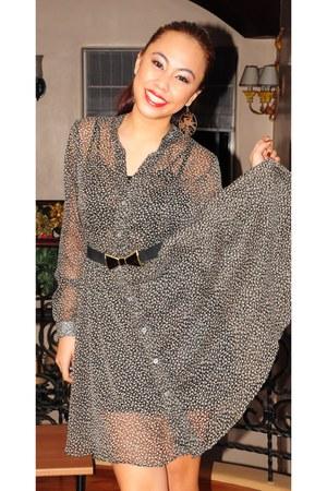 black floral print dress - gold Forever21 earrings - black Zara belt