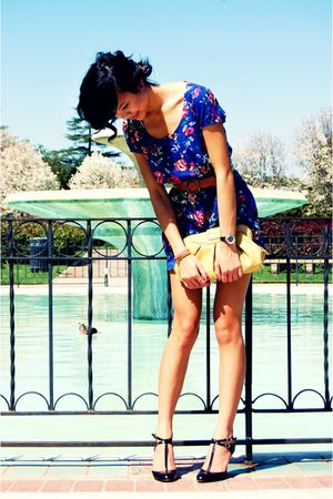 yellow Forever21 bag - black nicole miller shoes - blue Forever21 dress