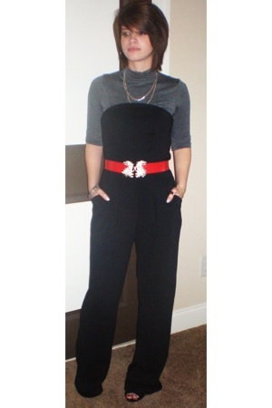 from the boutique where i work top - again from HenriGirl pants - 80s hand-me-do